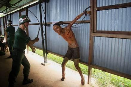 Description: Rùng mình xem lại chứng tích tội ác nhà tù Phú Quốc - ảnh 7